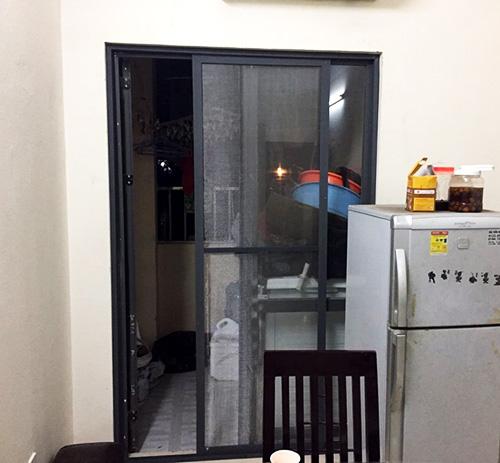 cửa chống muỗi lưới inox 304